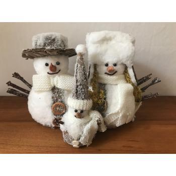 Snemand med Familie (20 cm)
